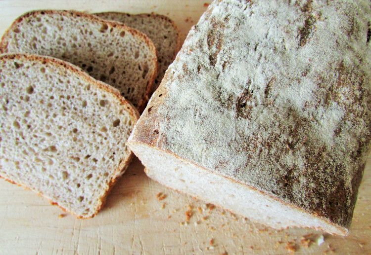 jak upiec chleb w domu