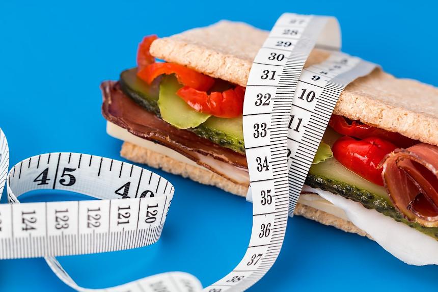 jak liczyć kalorie w diecie