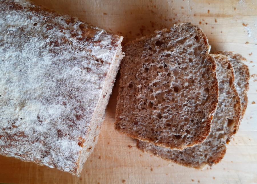 chleb żytnio pszenny na zakwasie