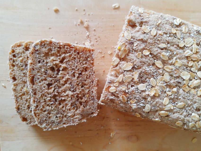 żytnio-owsiany chleb na zakwasie